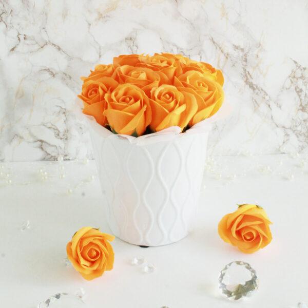 Oranžid seebiroosid (M) anumas