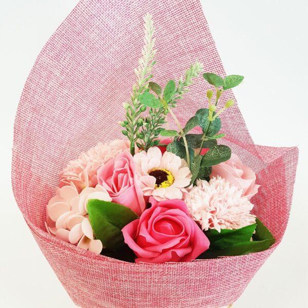 Iseseisev lillekimp- roosa